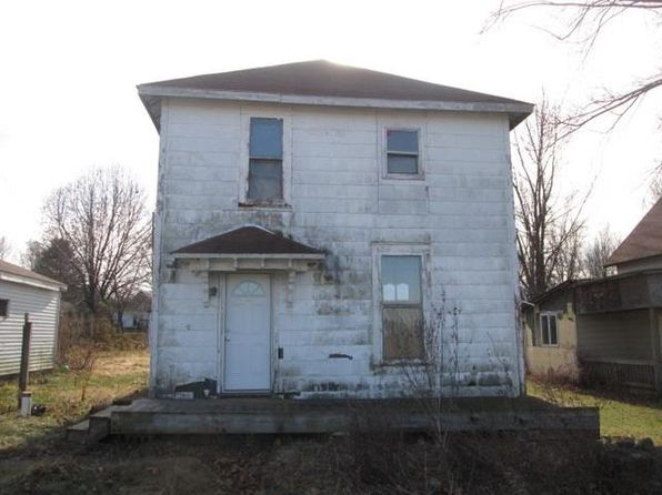 4 bed 1 bath Single Family at 543 W COUNTY ROAD 700 N FRANKFORT, IN, 46041 is for sale at 30k - 1 of 9