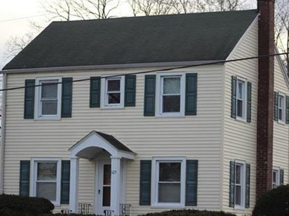 2 bed 1 bath Single Family at 105 Hwy 35 Hwy Old Bridge, NJ, 08879 is for sale at 240k - 1 of 25