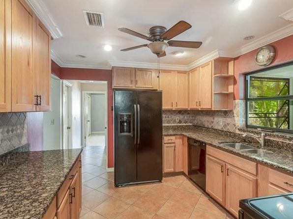 2 bed 2 bath Single Family at 120 SE 39th St Cape Coral, FL, 33904 is for sale at 190k - 1 of 19