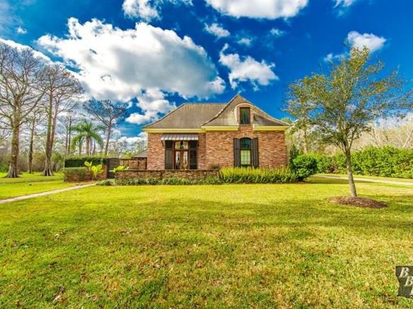 3 bed 3 bath Single Family at 110 W Plater Dr Thibodaux, LA, 70301 is for sale at 551k - 1 of 28