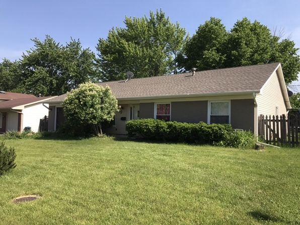 4 bed 2 bath Single Family at 777 White Birch Ln Lake Zurich, IL, 60047 is for sale at 300k - 1 of 21
