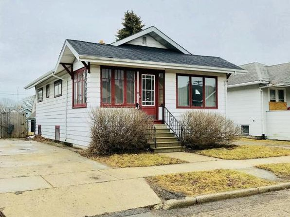 2 bed 1 bath Single Family at 6917 37th Ave Kenosha, WI, 53142 is for sale at 85k - 1 of 22