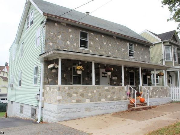 5 bed 2 bath Multi Family at 8 Clinton St Morristown, NJ, 07960 is for sale at 490k - 1 of 17