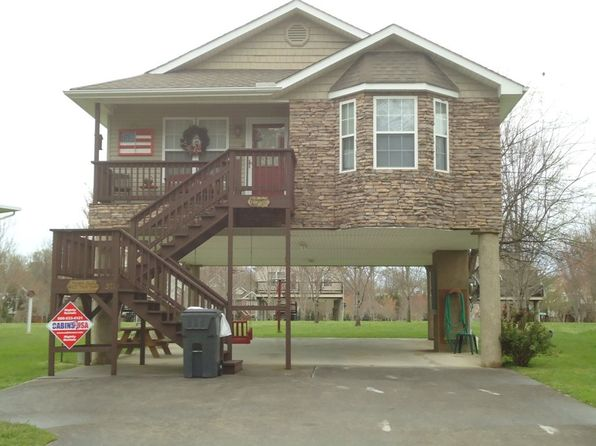 2 bed 2 bath Single Family at 571 Tanasi Trl Pigeon Forge, TN, 37863 is for sale at 180k - 1 of 15