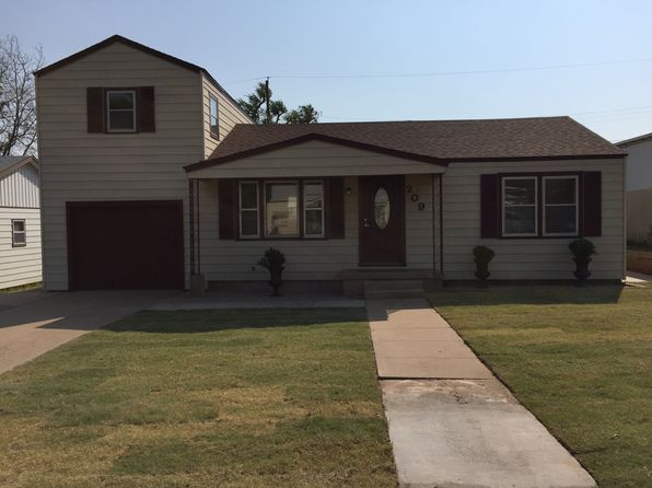 4 bed 2 bath Single Family at 209 Union St Borger, TX, 79007 is for sale at 100k - 1 of 8