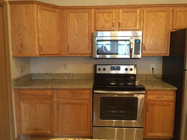 2 bed 2 bath Condo at 8055 Lexington Pl Pleasant Prairie, WI, 53158 is for sale at 125k - 1 of 8