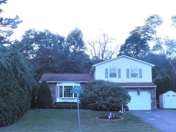 4 bed 3 bath Single Family at 128 Sylvia Ln Schenectady, NY, 12306 is for sale at 270k - 1 of 23