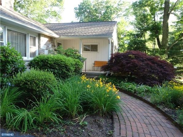 3 bed 2 bath Single Family at 601 Pacific Ave Lansdale, PA, 19446 is for sale at 280k - 1 of 9