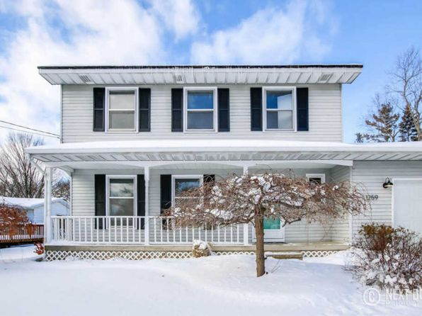 3 bed 1.5 bath Single Family at 1259 Walwood Dr NE Grand Rapids, MI, 49505 is for sale at 240k - 1 of 31