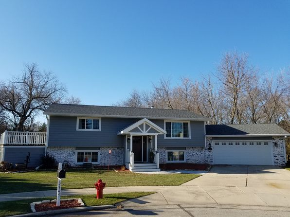 4 bed 2 bath Single Family at 3747 Bonnie Ct Sheboygan, WI, 53083 is for sale at 250k - 1 of 27