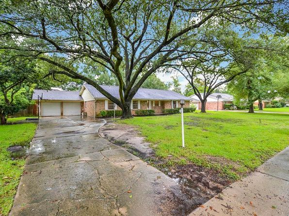 4 bed 2 bath Single Family at 15318 Jersey Dr Jersey Village, TX, 77040 is for sale at 229k - 1 of 30