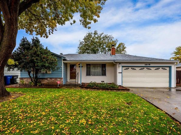 3 bed 2 bath Single Family at 1608 Florin Rd Sacramento, CA, 95822 is for sale at 260k - 1 of 29