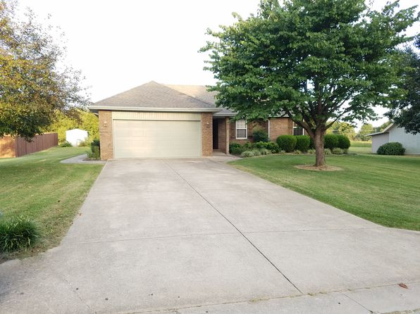 3 bed 2 bath Single Family at 816 Mark St Willard, MO, 65781 is for sale at 139k - 1 of 37