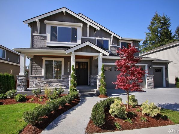 4 bed 2.75 bath Single Family at 6133 NE 2nd Ln Renton, WA, 98058 is for sale at 975k - 1 of 3