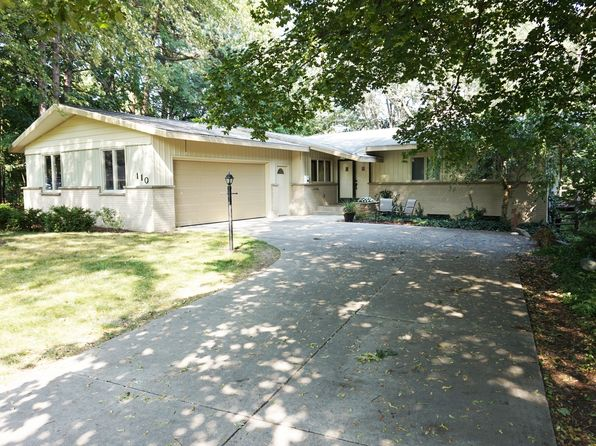3 bed 2 bath Single Family at 110 Harper Dr Sparta, MI, 49345 is for sale at 190k - 1 of 30