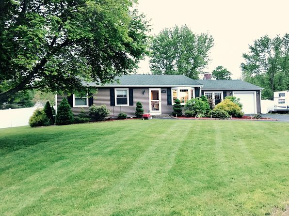 3 bed 2 bath Single Family at 27 Glen Oaks Dr Cumberland, RI, 02864 is for sale at 385k - 1 of 37
