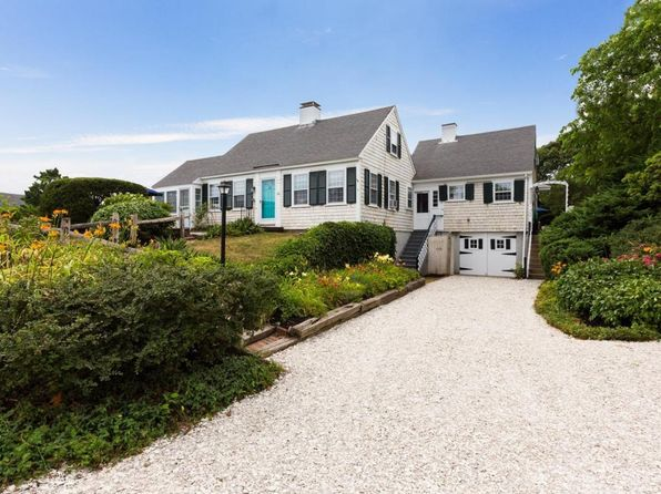 5 bed 3 bath Single Family at 20 Braddock St Harwich, MA, 02646 is for sale at 1.14m - 1 of 30