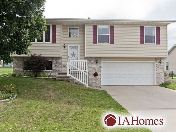 3 bed 3 bath Single Family at 624 Boulder Dr Center Point, IA, 52213 is for sale at 173k - 1 of 28
