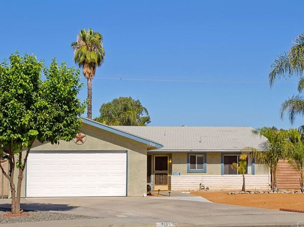 2 bed 2 bath Single Family at 713 Lorraine Ln Hemet, CA, 92543 is for sale at 225k - 1 of 24