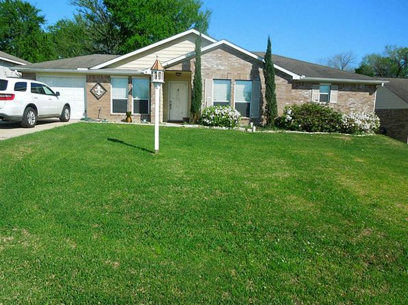 3 bed 2 bath Single Family at 12700 Lake Conroe Hills Dr Willis, TX, 77318 is for sale at 149k - 1 of 26