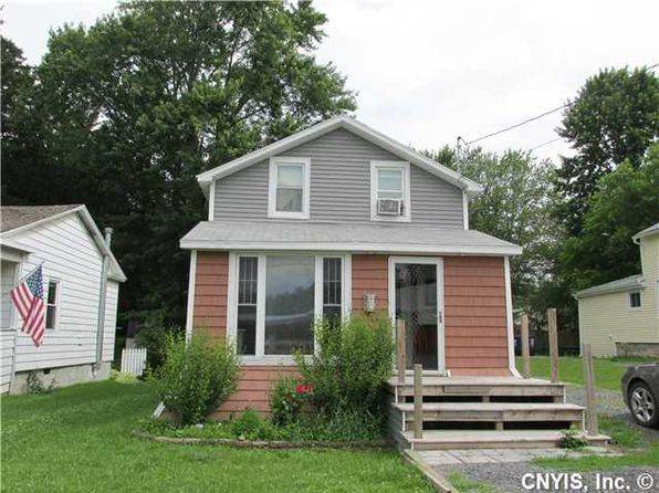 3 bed 1 bath Single Family at 13 E Elizabeth St Waterloo, NY, 13165 is for sale at 83k - 1 of 22