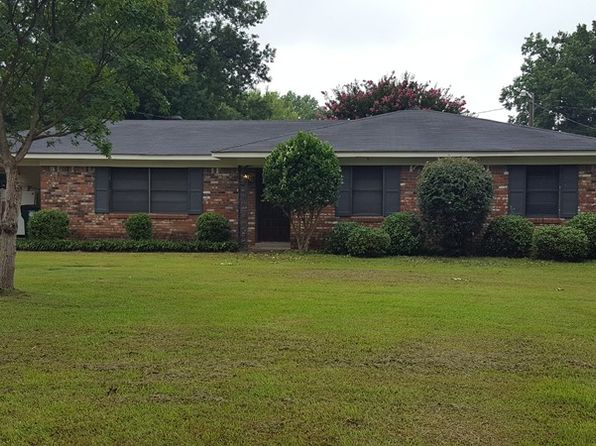 3 bed 2 bath Single Family at 1013 Corrine Dr Greenwood, MS, 38930 is for sale at 90k - google static map