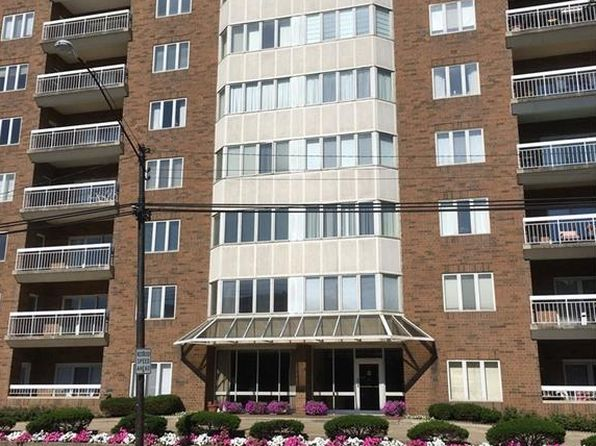 2 bed 3 bath Condo at 3330 Warrensville Center Rd Shaker Heights, OH, 44122 is for sale at 155k - 1 of 18
