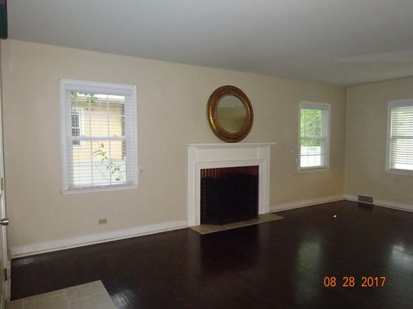 4 bed 1.25 bath Single Family at 6741 Hohman Ave Hammond, IN, 46324 is for sale at 141k - 1 of 26