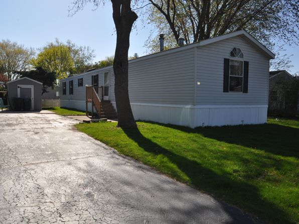 3 bed 2 bath Mobile / Manufactured at 44 Parkway Ter Ripon, WI, 54971 is for sale at 24k - 1 of 10