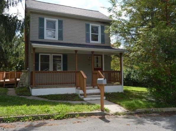 3 bed 2 bath Single Family at 10 Smith St Hampton, NJ, 08827 is for sale at 180k - 1 of 21