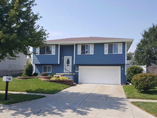 3 bed 2 bath Single Family at 1859 SW 26th St Lincoln, NE, 68522 is for sale at 165k - 1 of 12