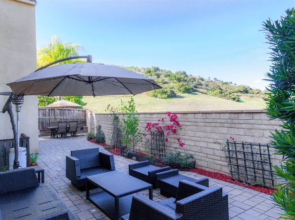 4 bed 3 bath Single Family at 952 MIRA LAGO WAY SAN MARCOS, CA, 92078 is for sale at 549k - 1 of 24