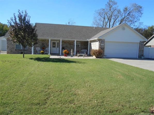 3 bed 2 bath Single Family at 308 S Mary Ave Wagoner, OK, 74467 is for sale at 180k - 1 of 36