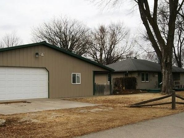 3 bed 3 bath Single Family at 101 PINE ST SILVER LAKE, KS, 66539 is for sale at 170k - 1 of 33