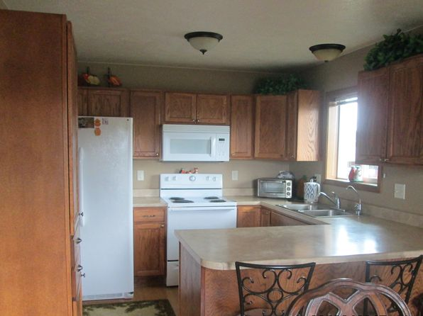5 bed 2 bath Single Family at 4400 W Panda Dr Sioux Falls, SD, 57107 is for sale at 198k - google static map