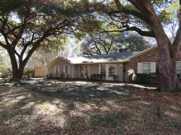 3 bed 3 bath Single Family at 125 POINCIANA DR JACKSON, MS, 39211 is for sale at 230k - 1 of 35