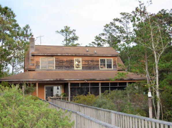 3 bed 2 bath Single Family at 205 Sunset Point Rd Beaufort, NC, 28516 is for sale at 325k - 1 of 17