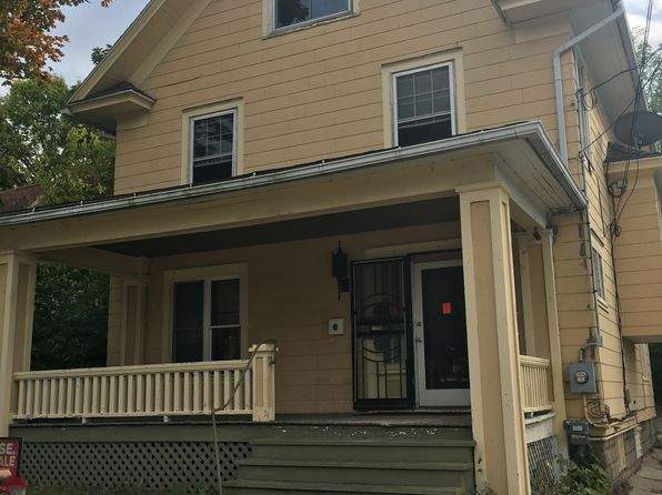 6 bed 3 bath Single Family at W Grand Riv Lansing, MI, 48906 is for sale at 98k - 1 of 9