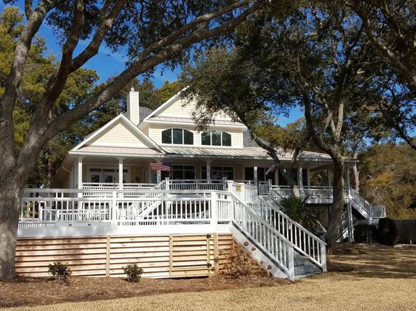 4 bed 7 bath Single Family at 1760 Twisted Oak Ln SW Ocean Isle Beach, NC, 28469 is for sale at 1.30m - 1 of 56