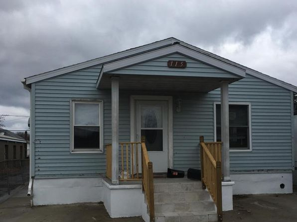 3 bed 1 bath Single Family at 115 Carleton Ave Hazleton, PA, 18201 is for sale at 63k - 1 of 2