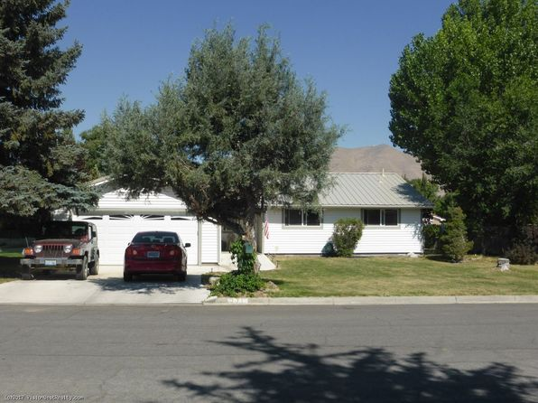 3 bed 2 bath Single Family at 331 Parkview Ave Winnemucca, NV, 89445 is for sale at 194k - 1 of 9