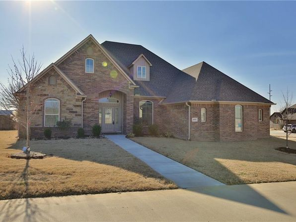 4 bed 3 bath Single Family at 4001 SW FLATROCK CV BENTONVILLE, AR, 72712 is for sale at 309k - 1 of 30