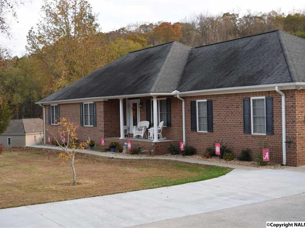 3 bed 2 bath Single Family at 77 Deer Run Rd Guntersville, AL, 35976 is for sale at 230k - 1 of 32