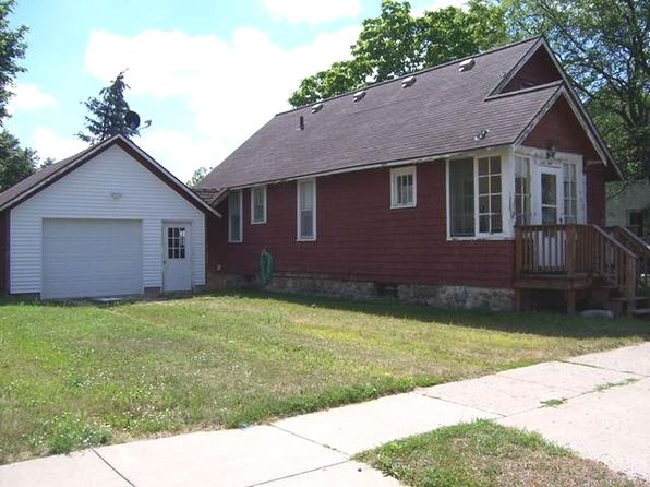 2 bed 1 bath Single Family at 702 Pine St Clare, MI, 48617 is for sale at 45k - 1 of 14