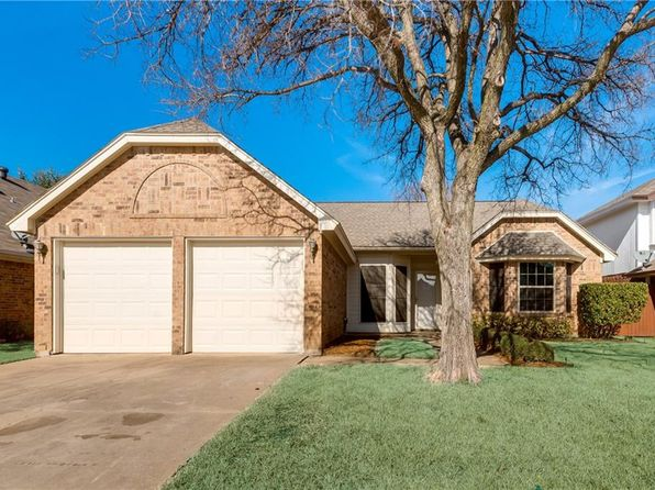 3 bed 2 bath Single Family at 6704 Mesa Dr Fort Worth, TX, 76182 is for sale at 217k - 1 of 32