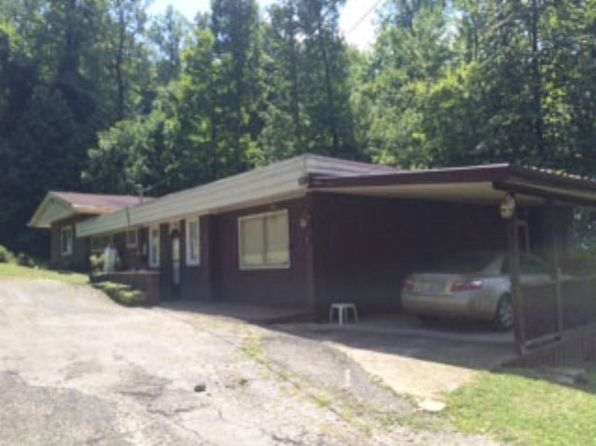 3 bed 2 bath Single Family at 18 Elm St Jenkins, KY, 41537 is for sale at 86k - 1 of 24