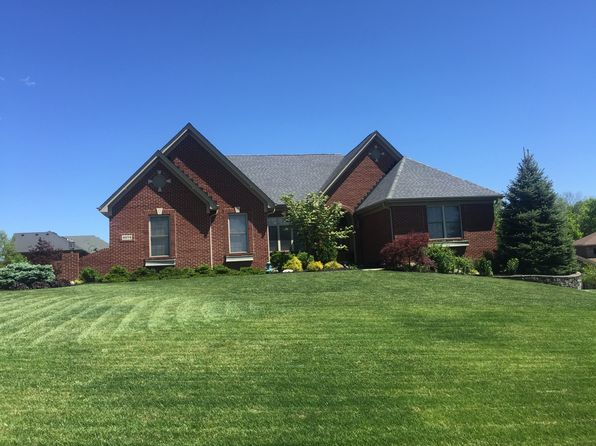 3 bed 2 bath Single Family at 4674 Summit Oak Ln Cincinnati, OH, 45248 is for sale at 429k - 1 of 14