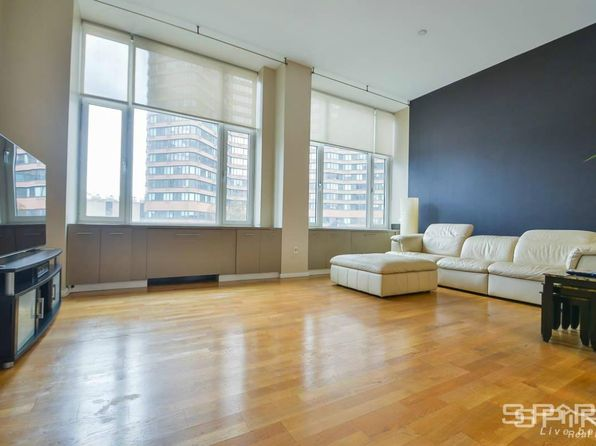 null bed 1 bath Condo at 635 W 42nd St New York, NY, 10036 is for sale at 935k - 1 of 10