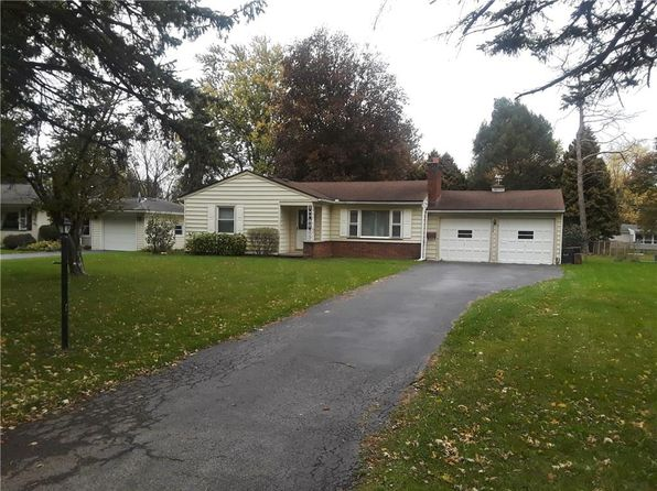 3 bed 1 bath Single Family at 239 Meadowdale Dr Rochester, NY, 14624 is for sale at 115k - 1 of 17
