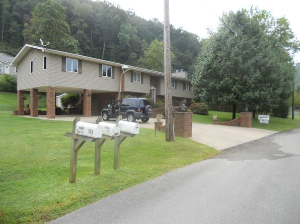 3 bed 3 bath Single Family at 150 Winns Second St Pikeville, KY, 41501 is for sale at 225k - 1 of 25